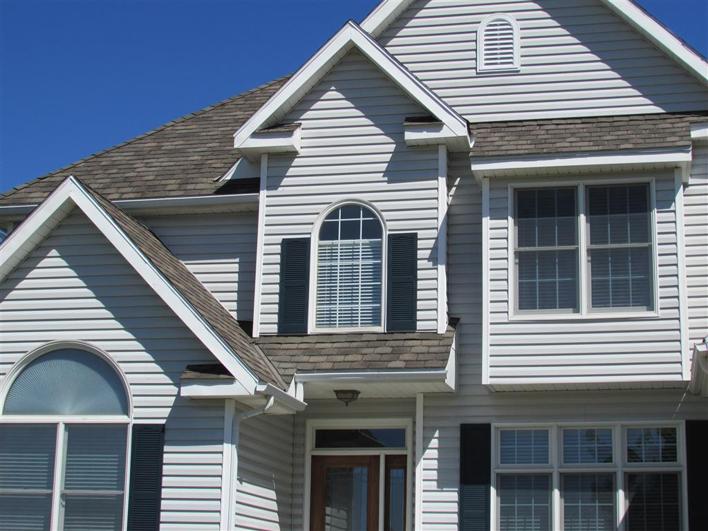 choosing the right siding material for your house exterior